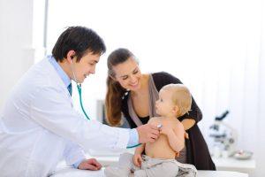 Médico infantil