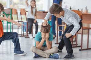 Dificuldades de relações sociais infantis